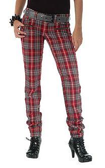 Ekose giymek her zaman risktir, özellikle de pantolonda. Eğer yeteri kadar ince ve uzun bacaklarınız yoksa sakın denemeyin.  Pantolon  Mango